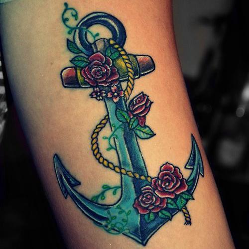 Ancora con le rose tatuaggio
