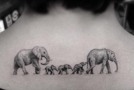 Tatuaggio Tattoo Famiglia Elefante