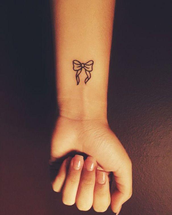 Tatuaggio Tattoo Fiocco Braccio