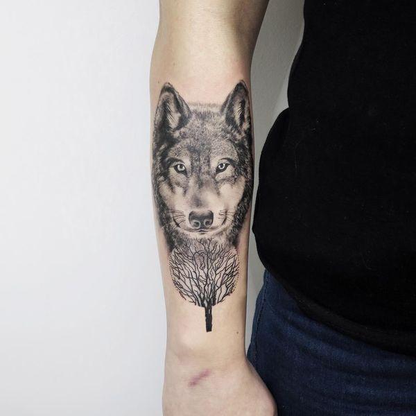 Tatuaggio Lupo Significato E Foto Per Idee Di Tatuaggio Uomo E Donna