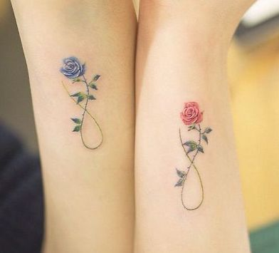 Tatuaggio Tattoo Amiche Rose