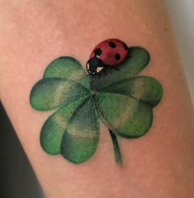 Tatuaggio Tattoo Coccinella Quadrifoglio