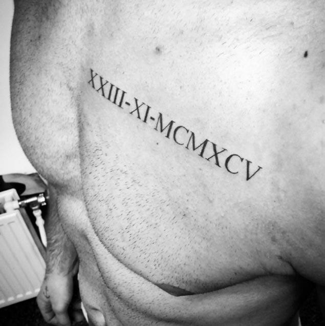 Tatuaggio Tattoo Numeri Romani petto