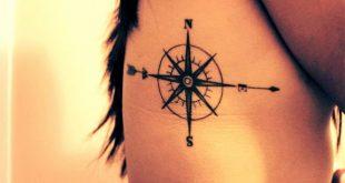 tatuaggio rosa dei venti