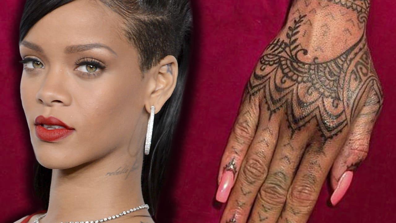 Tatuaggio Tattoo Rhianna Mano Maori