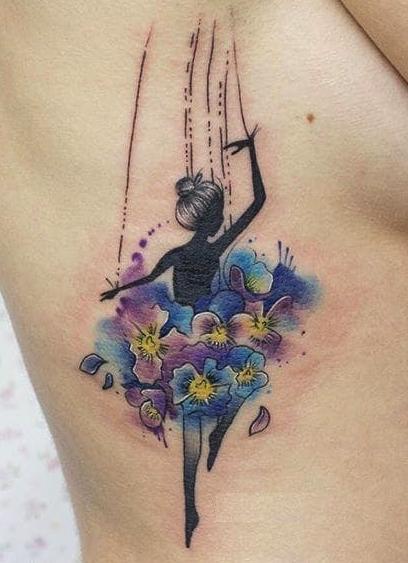 Tatuaggio tattoo acquerello ballerina