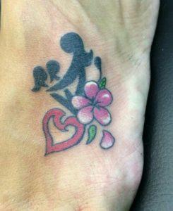 Tatuaggio Tattoo Bambini Stilizzati nero e colorato