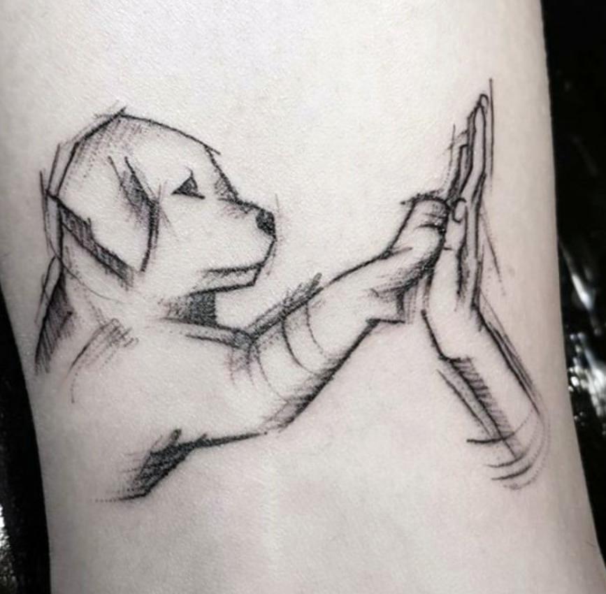 Tatuaggio Tatto Cane Zampa e Mano