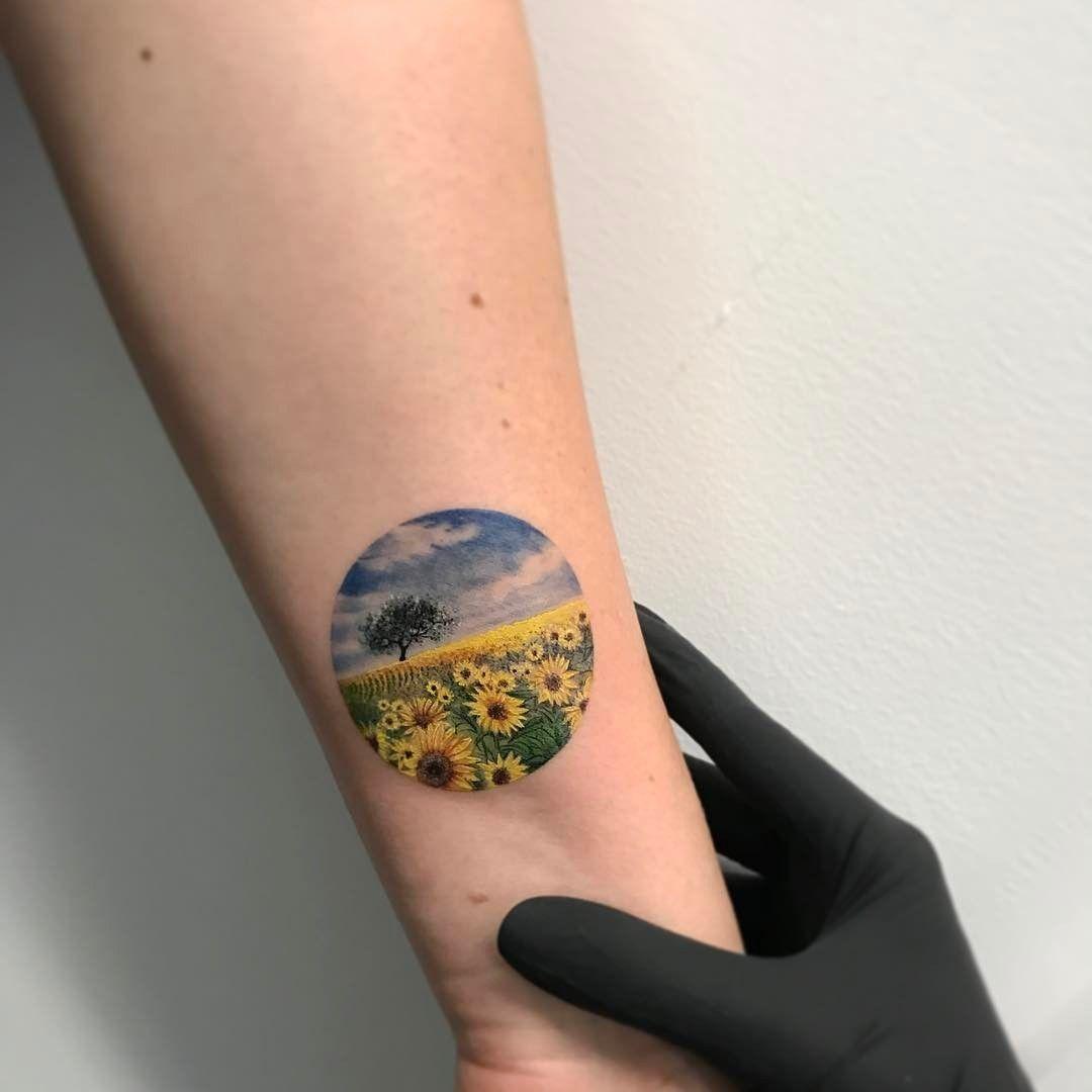 Tatuaggio Tattoo Girasole Paesaggio