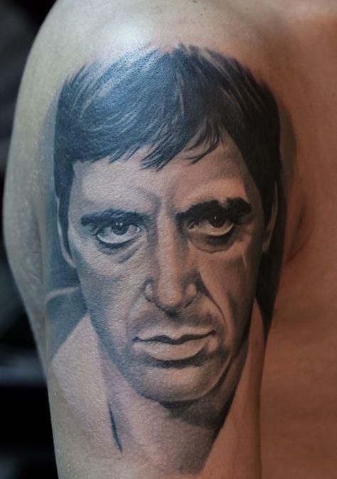 Tattoo Tatuaggio Tony Montana Primo Piano